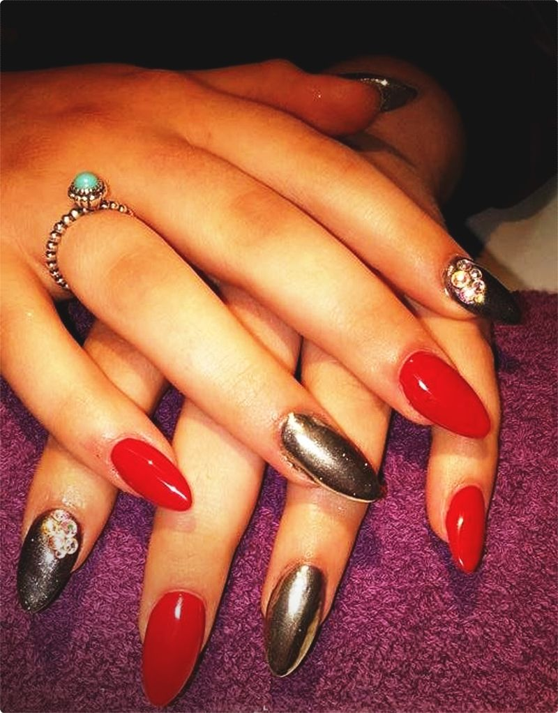 Nail Art Designs. Even though many of the nail art designs are quite simple to replicate, some need a great deal of drawing and are challenging to get down in the beginning. #nailartaddict